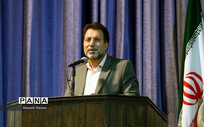 آیین تجلیل از معلمان و عوامل مدرسه تلویزیونی ایران