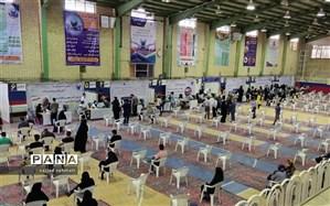 افتتاح دومین مرکز تجمیعی واکسیناسیون در مجموعه ورزشی امام علی دانشگاه آزاد شهرضا