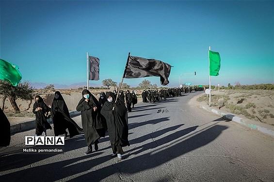 پیادهروی جاماندگان اربعین به آستان امامزاده سید صالحه