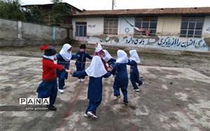 بازدید سرزده معاون پرورشی از مدارس دارای مجوز جهت بازگشایی در کردکوی