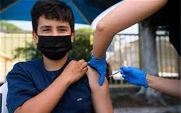 نخستین مرکز واکسیناسیون شبانهروزی در قم راهاندازی شد