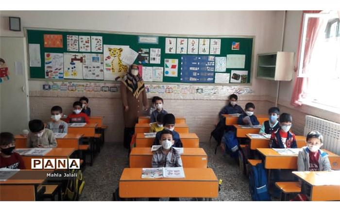 کلاس اولیها اولین قربانیان آموزش مجازی محسوب میشوند