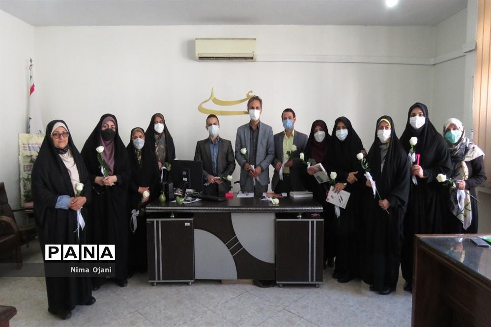 اولین جلسه شورای پرورشی سال تحصیلی 1401-1400 منطقه 8