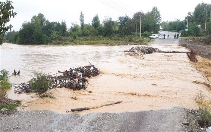 همه رودخانههای گیلان سیلابی است