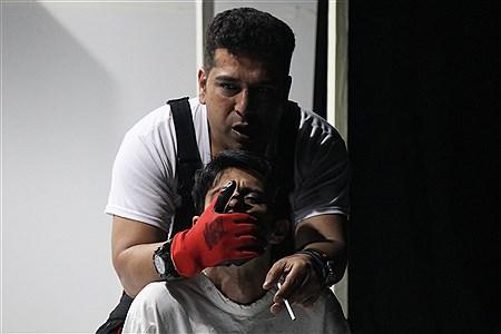 اجرای نمایش «جنگ کثیف» | Maryam Jafari