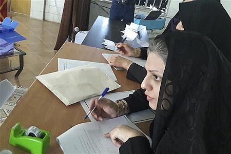 انتخابات اعضای شورای دانش آموزی در داراب    Negar Rezaee