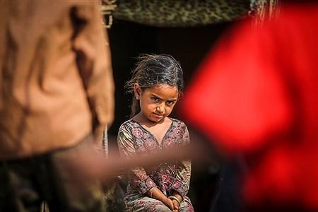 کودکان روستای «حسین آباد» که از محرومترین مناطق کشور ایران محسوب میشود از  حداقل امکانات و وسایل بازی و تفریح محرومند. | Ali Sharifzade