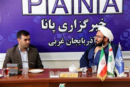 دیدار نمایندگان دفتر امام جمعه ارومیه با خبرنگاران خبرگزاری پانا به مناسبت روز خبرنگار  | kiyanosh kharbozekar