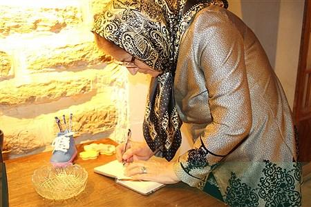 نمایشگاه عکاسی دستان کوچک توانمند من | Fatemeh Sousani