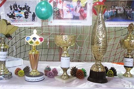 المپیاد ورزشی درون مدرسه ای در دبیرستان کاشی نیلوفر برگزار شد | mohadesehhesami