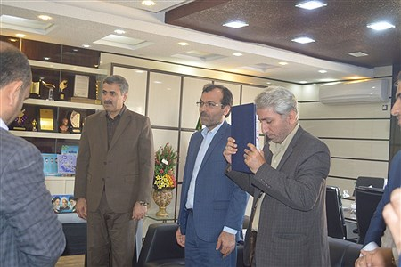 نشست مسئولین موسسه ترویج قرآن با مدیر کل  آموزش و پرورش استان بوشهر   Pouria abedi