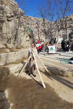 گردهمایی مربیان پیشتاز شهرستان راز وجرگلان | Mona Sadeghei