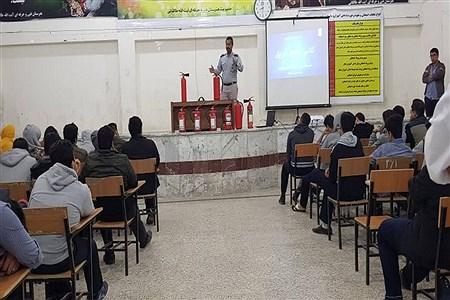 کلاس اطفاء حریق در هنرستان آیت الله طالقانی بوشهر  | Mehdi Angali
