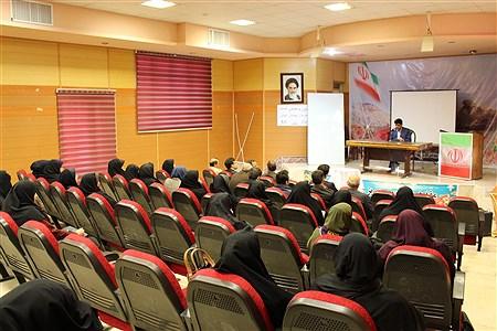 دوره آموزش ضمن خدمت مربیان و پیشتازشهرستان ایلام | amin maleki