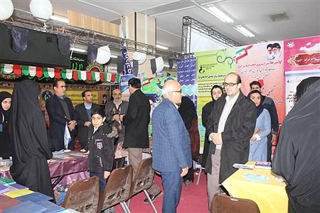 بازدید استاندار و مدیرکل آموزش و پرورش همدان از نمایشگاه دستاوردهای انقلاب | Sahar Chahardoli