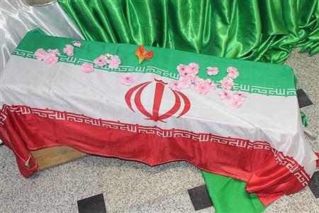 کنگره بزرگداشت شهدای دانش آموز و شهدای مدافع حرم استان همدان | Maryam Piri