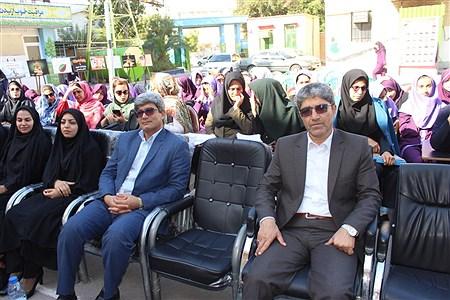 دبیرستان نمونه اتحاد بوشهر  | Zahra Moghateli