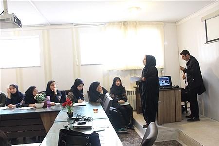 کارگاه اصول خبرنویسی وعکاسی ناحیه 3 تبریز برگزار شد .   zahra yousefi eskamdar
