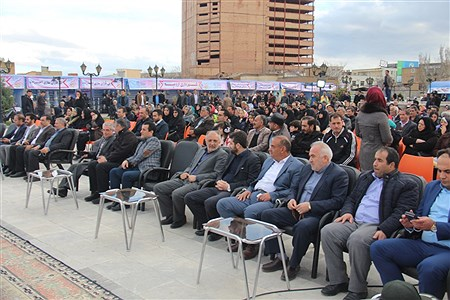آغاز دومین جشنواره بیدمشک در ارومیه | Amir Hosein Mollazade