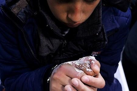 چهارشنبهسوری یکی از جشنهای ایرانی است که در غروبِ سهشنبه، شبِ پیش از آخرین چهارشنبهٔ ماه اسفند برگزار میشود و برافروختن و پریدن از روی آتش مشخصهٔ اصلی آن است.   Ahmadreza Mashhouri