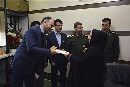 تجلیل مدیر کل آموزش و پرورش به همراه خبرنگاران پانا از مسئولین ارشد سپاه پاسداران استان   Amir Hossein Monadi