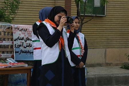 حاشیه های تصویری از مراسم «سیل مهربانی همکلاسی ها» | zahra ali hashemi