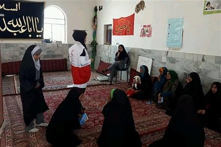 اعزام 2 کاروان سلامت از سوی جمعیت جوانان هلال احمر به مناطق آسیب دیده از سیل شهرستانهای سربیشه و بشرویه  | Hadis. Hiseini