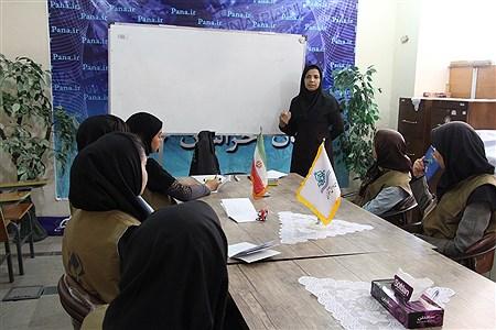 دوره ی آموزشی توجیهی خبرنگار دانش آموزان پانا  | Atiyeh Rasaei