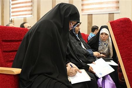 پنجمین دوره نشست ترویج گفتمان تحول آفرین با موضوع اهداف دوره تحصیلی در منطقه11 برگزار شد  | zahra alihashemi