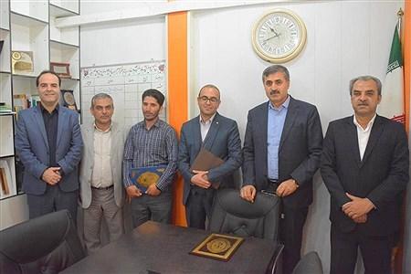 تقدیر از همکاران  روابط عمومی آموزش و پرورش استان بوشهر   Mohsen Roushan