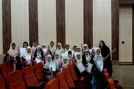 تجلیل از مقام آوران مسابقات فرهنگی، هنری ورزشی، دختران ابتدایی شهرستان کازرون | Koorosh Khezri Motlagh