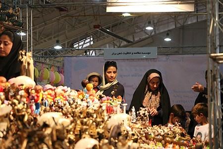 نمایشگاه مادر و نوزاد و کودک و نوجوان در شیراز | Ahmadreza Karimiyan