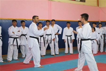 حضور کاپیتان تیم ملی کاراته ایران در شهرستان ملارد | Seiedeh Zahra Samadi