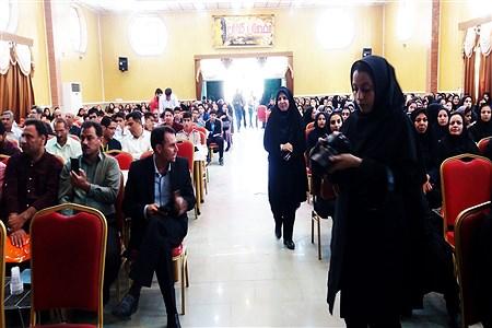 تجلیل از دانش آموزان و دبیران منتخب جشنواره ها و مسابقات علمی - پژوهشی متوسطه و هنرستان ها در کازرون | Koorosh Khezri Motlagh