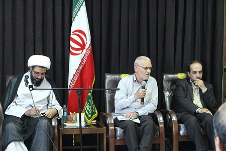 دیدار امام جمعه همدان با اصحاب رسانه به مناسبت هفته خبر نگار    Mohammad Lotfi