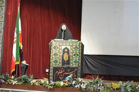 اجتماع بزرگ بانوان زینبی تحت عنوان «من چادریم» با حضور الهام چرخنده سفیر عفاف و حجاب و به همت کانون بسیج ورزشکاران قزوین برگزار شد. | ravabet omomei
