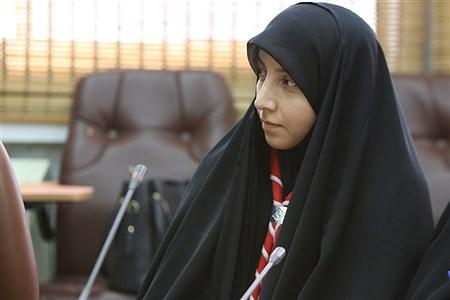 جلسه توجیهی سامانه شبکه ی  توزیع مواد غذایی مجاز در بوفه های مدارس   Zahra Alihashemi