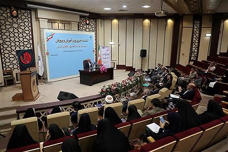 نشست خبری وزیر آموزش و پرورش | Bahman Sadeghi