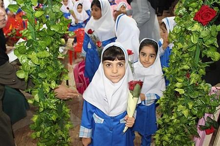 جشن شکوفه ها  مدرسه شاهد دخترانه دوره اول - یاسوج | samad ehsani