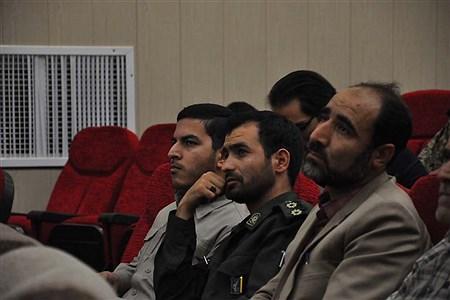 یادواره شهدای فرهنگی و دانش آموزبه مناسبت گرامی داشت هفته دفاع مقدس  در سالن بخشداری شهرستان برگزار شد.  | Mahdi Arasteh