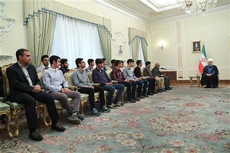 مراسم تجلیل از دانشآموزان مدالآور المپیادهای علمی جهانی سال 2019 | president.ir