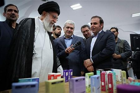 بازدید رهبر انقلاب اسلامی از نمایشگاه شرکتهای دانشبنیان وفناوریهای برتر | Khamenei.ir