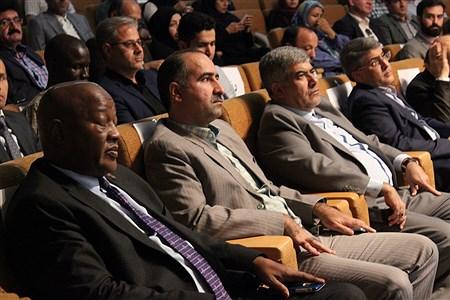 نشست هم اندیشی تجارو بازرگانان اسلامشهربا اتاق بازرگانی ایران و آفریقا   Sara Rezvani