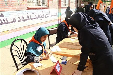 آیین نمادین بیست و دومین دوره انتخابات شورا های دانش آموزی خراسان رضوی  |