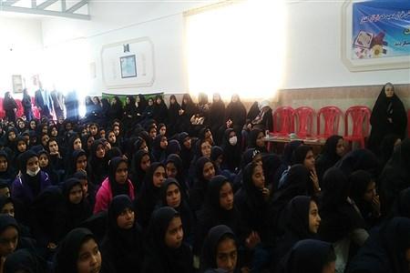 مراسم بزرگداشت بیستمین سالگرد مرحومه فخرالزمان قریب-دبیرستان فخرالزمان قریب   Sohaila Sefidroz