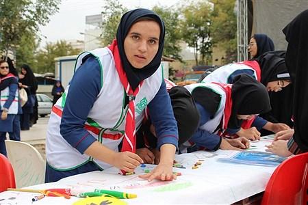پیشتازان کهگیلویه و بویراحمد در میان اقشار مختلف مردم در راهپیمایی 13 آبان | samad ehsani