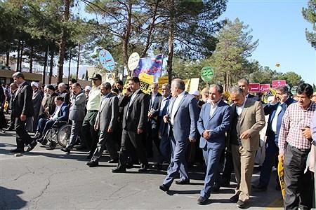 حضور پیشتازان  و فرهنگیان شهرستان بیرجند  در راهپیمایی 13 آبان | Arash Sekhavati nezhad