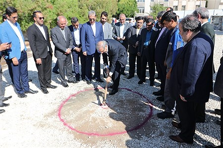 مراسم کلنگ زنی دو طرح عمرانی در جزیره کیش به مناسبت روز کیش | Amir Hossein Yeganeh