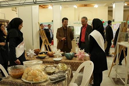 نمایشگاه دست سازه های دانش آموزان  در بوشهر | Roqaeh Mohammadi