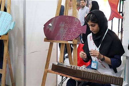 نمایشگاه دست سازه های دانش آموزان  در بوشهر | Baran Hajiani